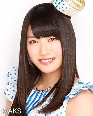 ファイル:2014年AKB48プロフィール 横山由依.jpg