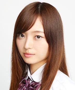美人なアイドル梅澤美波