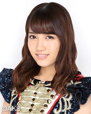 AKB48チームBに所属する加藤玲奈。総選挙でもアンダーガールズ入りするなど、注目されるメンバー。